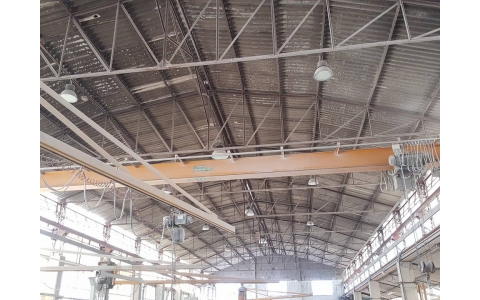 2 bridge crane capacity 3.2 Tons length 13 meters